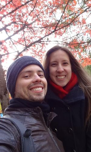 Fabiano Carvalho Dias, 28, pediu um tempo para Débora Amabile, 27, mas voltou atrás e viajou para Vancouver para pedi-la em casamento (Foto: Reprodução)