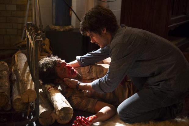 Personagem Laerte quase mata Virgilio por apenas supor uma traição do rapaz com a noiva Helena (Foto: João Miguel Jr. / TV Globo/Divulgação)